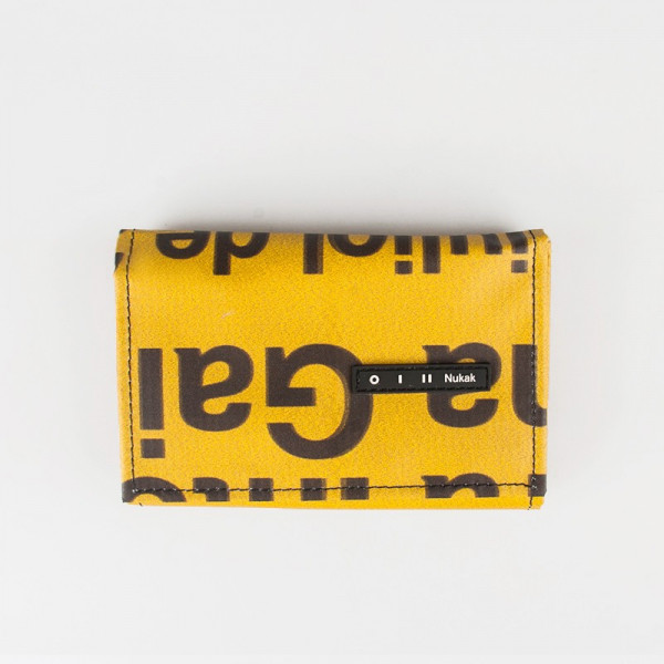 WALLET PEPPER YELLOW LETTERS