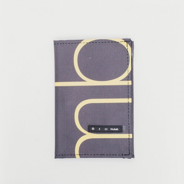 PASSPORT HOLDER GIFFER YELLOW LETTERS